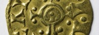 Sala 9. Vitrina 0. Tremissis de Egica (falso del s. XIX)