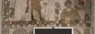 Mosaico con dos personajes. Piedra caliza. 400-450. Estada (Huesca). Inv. 07628.