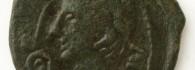 As de la Colonia Caesar Augusta (Zaragoza). Anverso. Bronce. Augusto, Roma. Año 8. Inv. 54250.