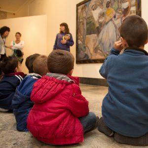 Un paseo por el museo. Descubriendo el color y el movimiento. Foto J. Garrido
