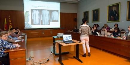 Clase de teoría en el salón de actos del museo (Fot. Garrido)