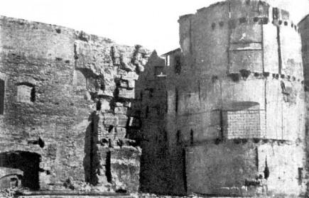 La muralla tras el derribo de los edificios adosados en 1944