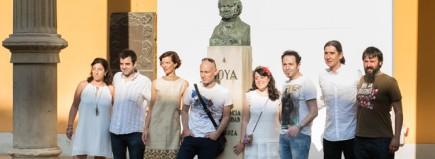 Los protagonistas en el patio de Museo de Zaragoza (Fot. J. Zambrano)
