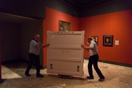 D. Luis en su caja (Fot. J. Garrido)