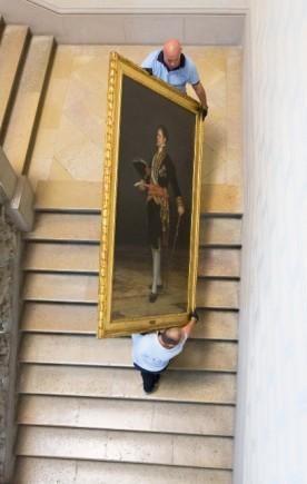 El duque de San Carlos se va por escalera noble. (Fot. J. Garrido)