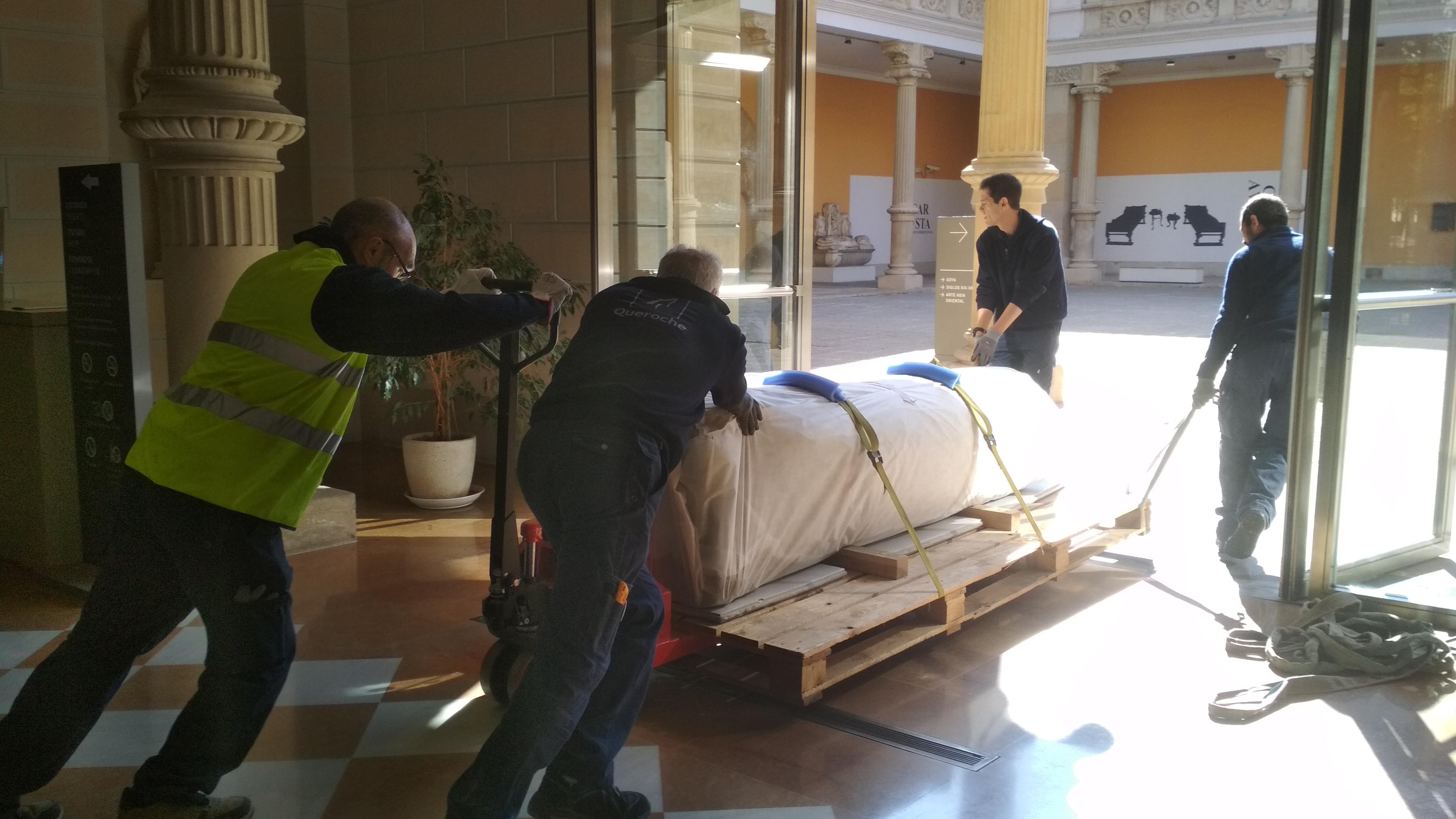 Llegada del Miliario al Museo (Foto: AMG)