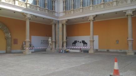 Acordonado del patio por obras. Foto: Museo de Zaragoza.