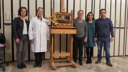 El equipo del Instituto Valenciano de Conservación, Restauración e Investigación con Carmela Gallego, restauradora del Museo de Zaragoza. Foto: Greta Gracia.