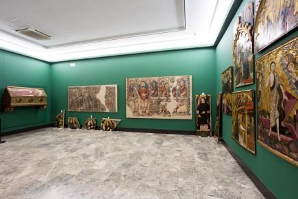 Montaje de sala de arte gótico. Foto: José Garrido. Museo de Zaragoza.