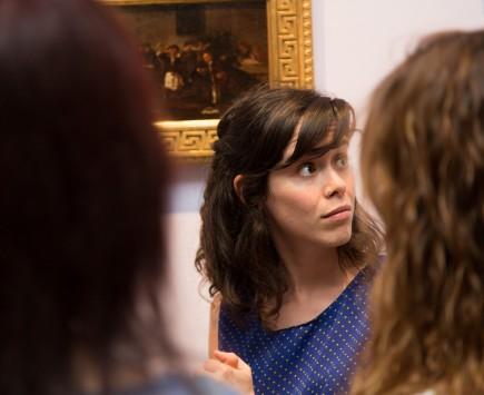 Ana Labaila en una visita. Foto: José Garrido. Museo de Zaragoza.