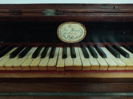 Piano del museo en área de reserva. Foto: Difusión Museo de Zaragoza.