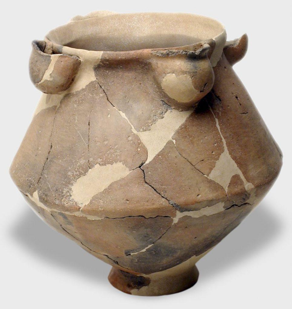 Vasija ritual. Cerámica. Primera Edad del Hierro. 750 a.E. Cabezo de Monleón (Caspe, Zaragoza). Inv. 01591.