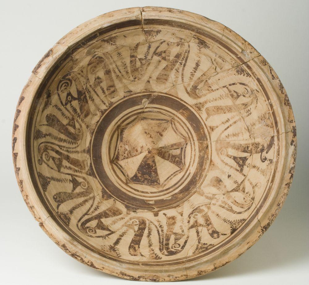 Gran cuenco. Cerámica. Cultura Ibérica. 100-75 a.E. Cabezo de Alcalá (Azaila, Teruel). Inv. 01993.