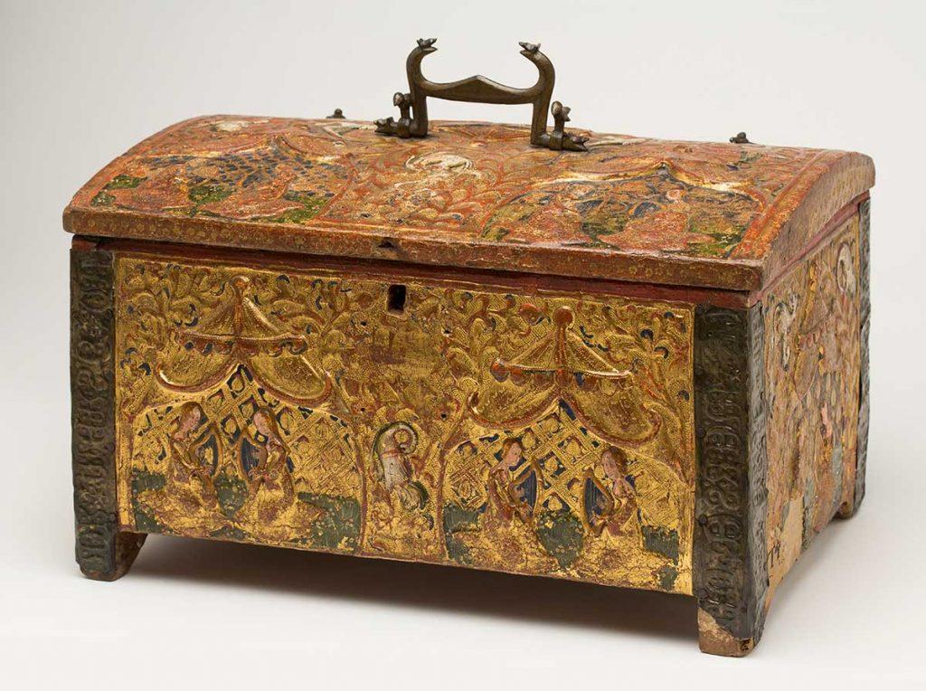 Cofrecillo amatorio. Anónimo. Madera de pino estucada, dorada y policromada. Renacimiento. Hacia 1400-1430.