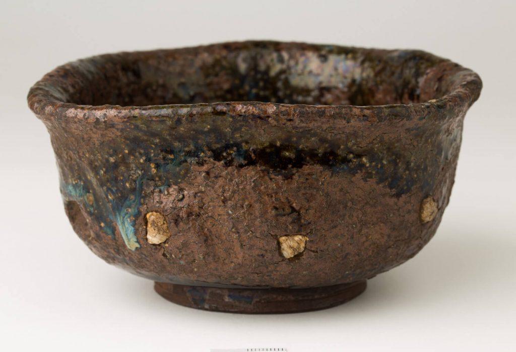 Cuenco para el té (chawan). Cerámica. Japón. S. XVIII.