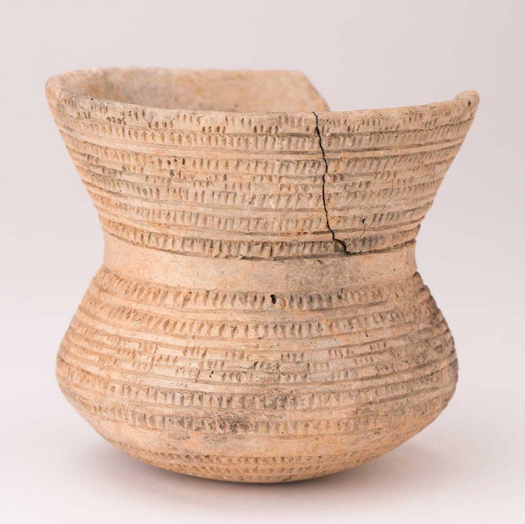 Vaso. Cerámica. Edad del Cobre. 2200[ac]-2000[ac]. El Campillo - Monreal de Ariza. NIG-62803