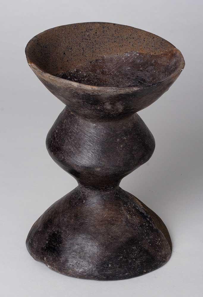 Soporte - Holmos Cerámica Edad del Hierro I 650[ac]-550[ac] Burrén y Burrena - Fréscano 50156