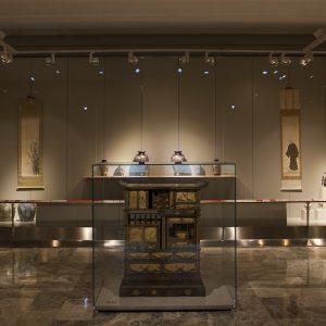 El arte japonés del periodo Meiji. Vista general de la sala