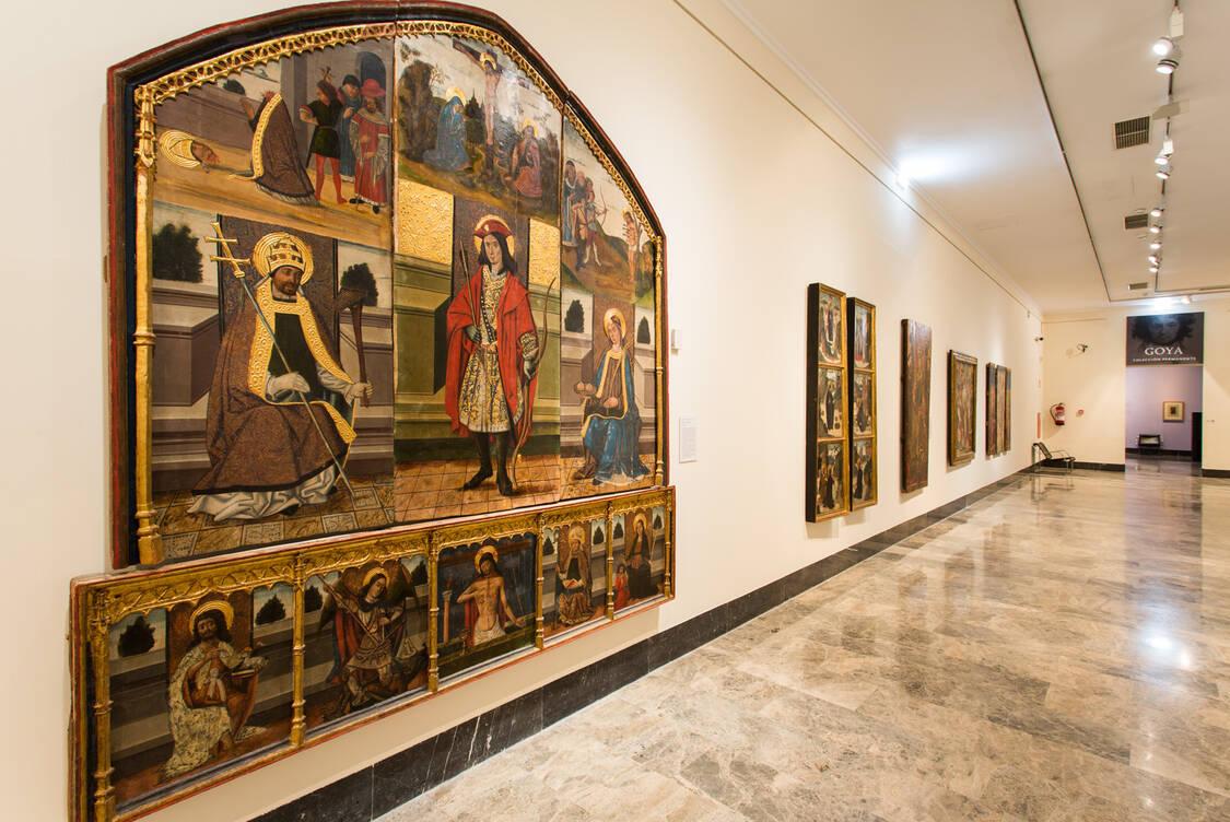Montaje de arte gótico. Foto: José Garrido. Museo de Zaragoza.