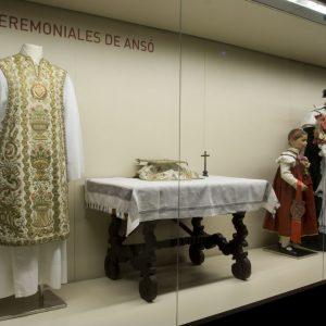 Trajes ceremoniales de Ansó.